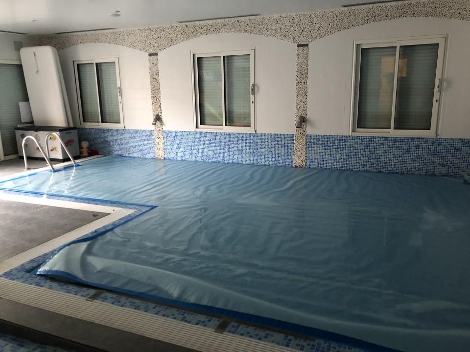 piscine fermée